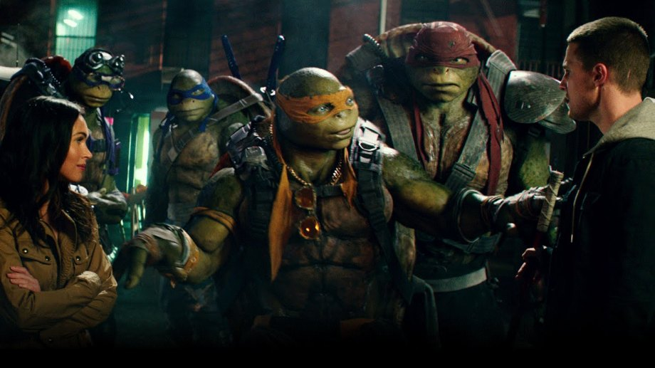 teenage-mutant-ninja-turtles-out-of-the-shadows-review-casey-jones-megan-fox